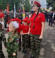 """Участие детей в митинге """"Через века, через года-помните!"""" 9 мая"""
