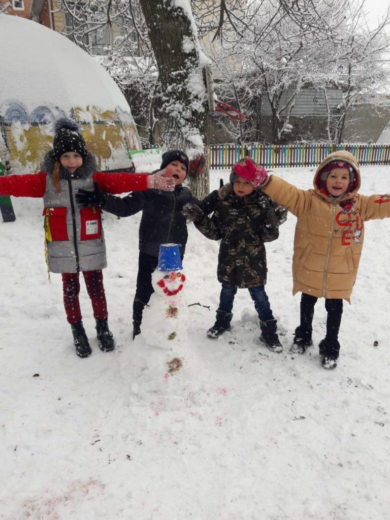 Зимние забавы ребят
